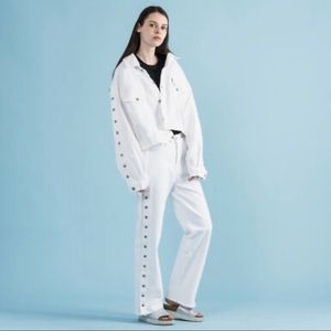New Levi's white high-rise Union Trouser jeans 28